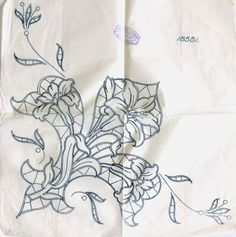 Lace Patterns, Embroidery Patterns, Good Prayers, Cutwork Embroidery, Retro Pattern, Christmas Paintings, Peircings, Sewing Techniques, Crochet Lace