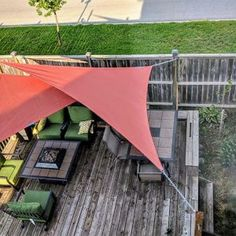 A Triangle Shade Sail is an excellent choice for those who have minimal attachment options, while still providing a beautiful and elegant shade solution. Garden Shade Sail, Garden Sail, Deck Shade, Backyard Shade, Sun Sail Shade, Outdoor Shade, Pergola Shade, Backyard Patio, Backyard Landscaping