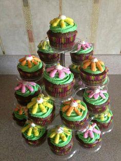 Assorted flower cupcake