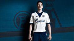 This is the new Schalke 04 Adidas Away football shirt. From next season the Schalke players will revert to a classic, almost purist look away from home. Julian Draxler, Top League, Football Fashion, Adidas, Football Shirts, Polo Ralph Lauren, Soccer, Seasons, Mens Tops