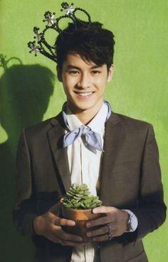#jirayu Teen Celebrities, Free Hair, Style Me, Thailand, Idol, It Cast, Singer, Mens Fashion, Actors