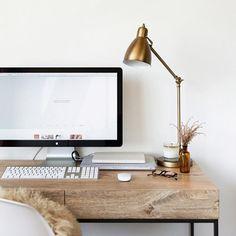 desk / home office decor / interior design / wood desk / iMac / white walls Home Office Space, Home Office Design, Home Office Decor, Home Design, Home Decor, Office Ideas, Desk Space, Office Workspace, Office Table