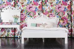 Mink postel v bílém provední / double bed