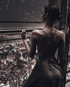 Image in Fashion collection by blondechanel on We Heart It Classy Aesthetic, Night Aesthetic, White Aesthetic, Aesthetic Girl, Pin Up, Luxe Life, Fashion Poses, Rich Girl, Girl Photography