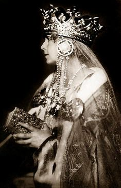 Queen Marie of Romania, 1922 Old Pictures, Old Photos, Maud Of Wales, Romanian Royal Family, Elisabeth I, Alexandra Feodorovna, Victorian Life, Royal Tiaras, Prussia