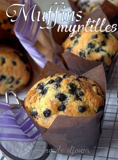 Purplest Pecalin: Buttermilk Blueberry Breakfast Cake Using canned blueberries and cherries instead of fresh. It turned the batter a beautiful purple color! Healthy Toddler Muffins, Healthy Banana Muffins, Healthy Muffin Recipes, Healthy Desserts, Healthy Food, Canned Blueberries, Desserts With Biscuits, Cake Factory, Happy Foods