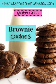 Raise your hand if you love brownies! Now you can satisfy that craving a little quicker with these gluten free brownie cookies – filled with all the rich, fudgey goodness you love about brownies, but in a nice portable package 😉 Best Gluten Free Desserts, Gluten Free Treats, Gluten Free Cookies, Brownie Cake, Brownie Cookies, Gluten Free Chocolate, Chocolate Recipes, Gluten Free Brownies, Gluten Free Living