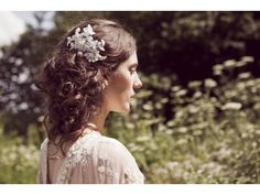 Ophelia May vintage lace bridal hair comb  Holmfirth, West Yorkshire  01484 766160