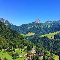 Beautiful photo by  @Switzerland.Vacations You like Switzerland ?  Follow this beautiful page and tag your photos of Switzerland #Switzerland_Vacations @Switzerland.Vacations --------------------------------------------------  Location: Les Avants, #Montreux ~ #Switzerland --------------------------------------------------