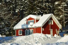 Älvsbytalo Etelätär Home Fashion, Cabin, House Styles, Home Decor, Decoration Home, Room Decor, Cabins, Cottage, Home Interior Design