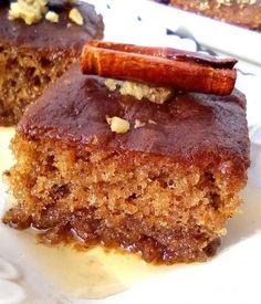 Μμμμ, γιάμι γιάμι - ωραία μελωμένη καρυδόπιτα Sweets Recipes, Desserts, Meatloaf, Banana Bread, French Toast, Breakfast, Food, Cakes, Health