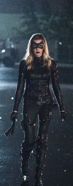 Arrow 4x06 - Laurel Lance (Katie Cassidy)
