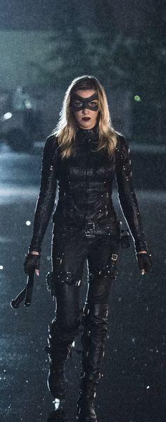 Arrow 4x06 - Laurel Lance (Katie Cassisy)