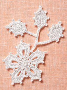 The Go-To-Book for Irish Crochet Motifs Pattern Book AA 871388