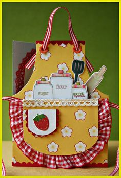 ♥ ¥ Another apron - inspiration. Implementation - Christmas Cards for this year finished 9/21/14. ¥