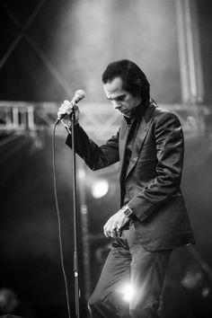 The legendary Nick Cave performing at Bergenfest 2013 in Norway by Jarle H. Moe on 500px