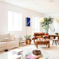 Bom dia com essa #sala super clean e confortável da @suite_arquitetos #decor #decoração #interiordesign