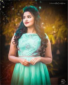 Puppy Recent Videos. Hollywood Actress Photos, Indian Actress Photos, South Indian Actress, Indian Actresses, Beautiful Girl Indian, Beautiful Girl Image, Most Beautiful Indian Actress, Beautiful Saree, Sweet Girl Photo