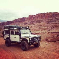 White Pig :: 0 Land Rover - Defender Source Great White this to our white Land Rover Defender 110, Defender 90, Landrover Defender, Suv Camping, Best 4x4, Car Camper, Off Road Adventure, Expedition Vehicle, Land Cruiser