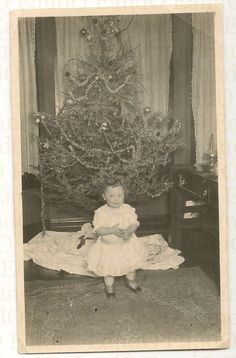 Exceptional+Rare+Christmas+Photo+1900s+Their+First+by+EandO,+$21.25