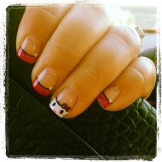 Hello Kitty and pink glitter shellac nail art. #NailsbyDanae