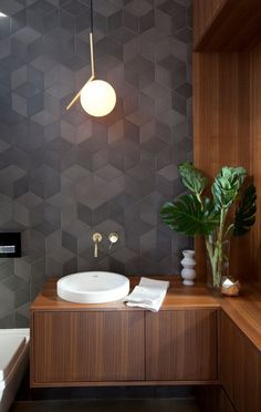 Charcoal tile perfection, woodgrain and white details - bathroom inspiration