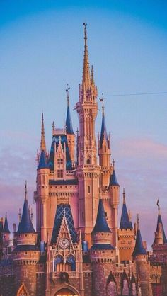 Disney World Iphone Wallpaper Hd Iphone Wallpapers Full Hd, Cute Wallpapers, Phone Backgrounds, Disney World Fotos, Disney World Pictures, World Wallpaper, Disney Phone Wallpaper, Disney Dream, Disney Trips