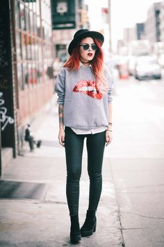 Sweatshirt- Romwe Jacket – Old / similar here and here Pants – Current Elliot Shoes – Topshop / similar here Hat – Brixton Sunnies – vintage / same here One of my usual combos. Denim jacket and leather pants with a cool printed top is always a good casual look for every day. I honestly have... View Article