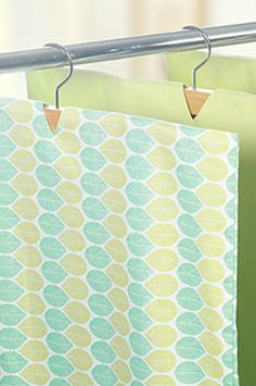 Upcycle It! Turn Pillowcases Into Garment Bags | Garment bags Upcycle and Bag & Upcycle It! Turn Pillowcases Into Garment Bags | Garment bags ... pillowsntoast.com