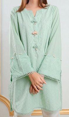 Kurti Sleeves Design, Kurta Neck Design, Sleeves Designs For Dresses, Ladies Kurti Design, Kurta Designs Women, Simple Pakistani Dresses, Pakistani Dress Design, Stylish Dresses For Girls, Stylish Dress Designs