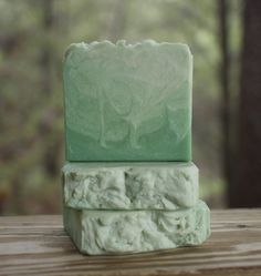 """This unisex scented soap is best described by """"fresh"""" and """"clean"""" and will be popular with everyone in your family. With added shea butter for softness, this soap will leave your skin soft and moistur"""