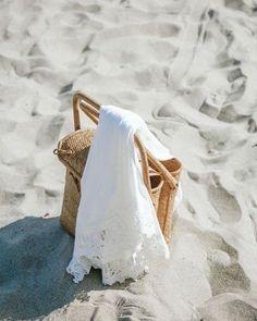 Winter Beach, Beach Day, Summer Beach, Sand Beach, Beach Aesthetic, Summer Aesthetic, White Aesthetic, Summer Feeling, Summer Vibes