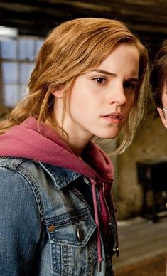 Emma Watson - Hermione Granger Harry Potter And The Deathly Hallows part 2 Magie Harry Potter, La Saga Harry Potter, Mundo Harry Potter, Harry James Potter, Harry Potter Pictures, Harry Potter Cast, Harry Potter Fandom, Harry Potter Characters, Hermione Granger