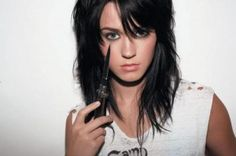 uh yeah. Katy Perry before smurfing her hair