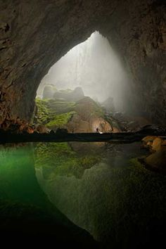 5 Incredible Travel Destinations - Son Doong Cave, Vietnam
