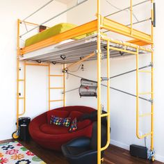 yellow scaffolding bed!