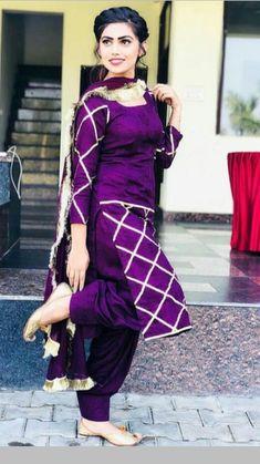 Only hand Punjabi patiala suits Bollywood Designr Indian silk SALWAR KAMEEZ laced dupatta Kurta Designs, Patiala Suit Designs, Kurti Designs Party Wear, Blouse Designs, Punjabi Suits Party Wear, Punjabi Salwar Suits, Punjabi Dress, Patiala Dress, Punjabi Girls