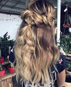 Braid half up half down Hairstyle ideas #braids #hairstyles #hairstyle