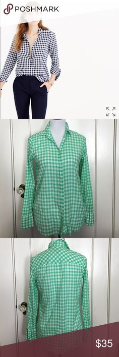 """Boy Shirt In Crinkle Gingham Green EUC Body length: 28"""".You asked, we listened—meet the updated boy shirt. Now with a centered back seam (so it'll fit you better) and details taken from classic men's shirting (so he can have his back), the shirt you know and love is better than ever. And because gingham is a big part of our heritage, we took the traditional pattern and gave it a twist—think bigger and brighter. For more ways to wear it, watch our Style Hacks video…"""