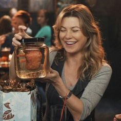 aww i remember when Derek gave Meredith this
