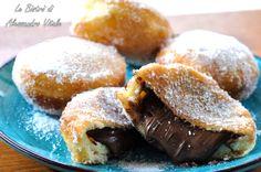 Le Bombe alla nutella sono una ricetta dolce super golosa. Guarda come è facile realizzarle con la ricetta passo passo.