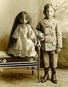 Creepy-Kid-Doll