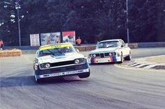 Ford Capri and BMW CSL absolutely gorgeous pair of racers Classic Race Cars, Ford Classic Cars, Car Ford, Ford Gt, Ford Mustang, Ford Motor Company, Nascar, Ford Motorsport, Bmw E9