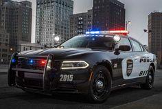 Charger Persuit tem opções de motor V6 e V8 - Dodge/Divulgação