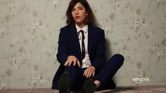 All things Carrie Brownstein. Dandy, Carrie Brownstein, Riot Grrrl, Attractive People, Modern Fashion, Pretty Woman, Dapper, Carry On, Cool Outfits