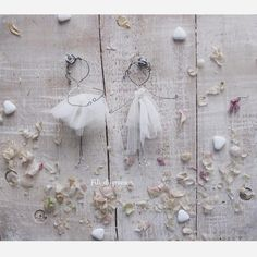 Wire and tulle. Cute little bridesmaids By Fili di poesia