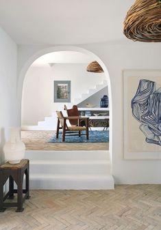 A modern Mediterranean-style holiday beach house has come to life with the guiding light of its creative owners in Ibiza. Mediterranean Villa, Mediterranean Bedroom Decor, Mediterranean Lighting, Villa Ibiza, Ibiza Stil, Ideas Hogar, Blue Tiles, Beach House Decor, Beach Houses