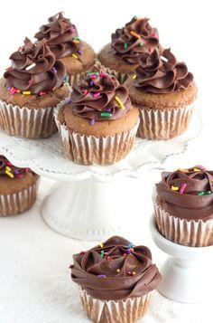 Easy Moist Chocolate Cupcakes Recipe
