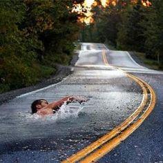 L'acqua ha infinite strade e noi di ITACA non ci stancheremo mai di percorrerle. (fotografo sconosciuto)