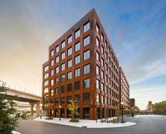 Galeria de T3 / Michael Green Architecture - 1